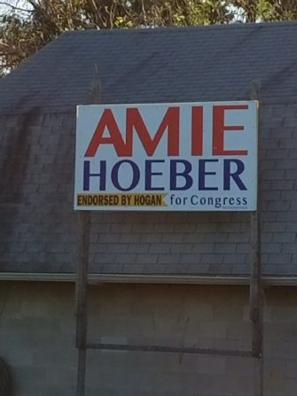 Hoeber Sign Shows Hogan Endorsement That Hasn't Happened